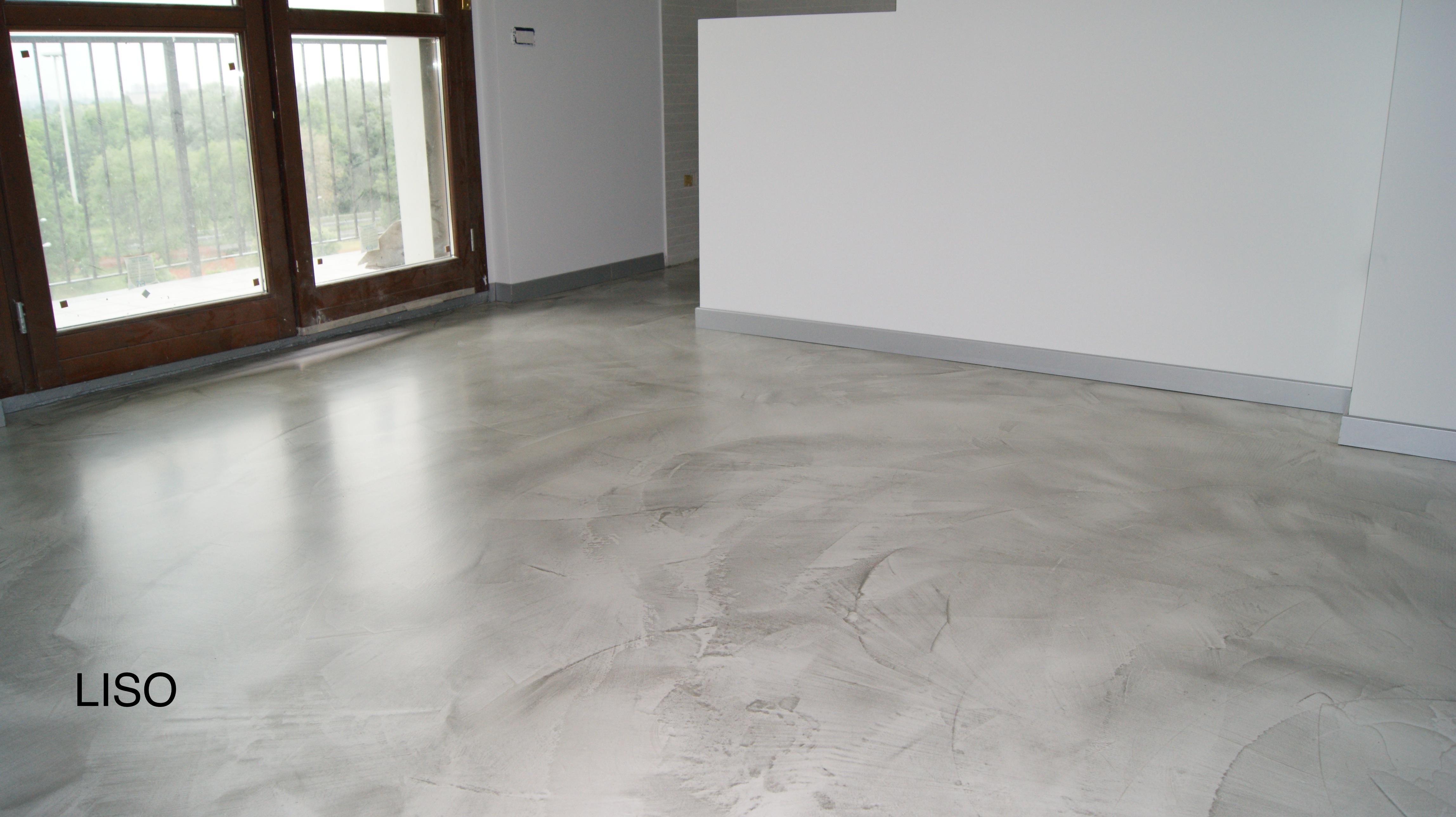 Pavimenti in resina grigio prezzo al mq - Pavimento resina bagno ...